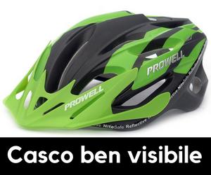 casco bici da corsa ben visibile